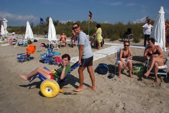Quagliodromo: spiaggia attrezzata a disabili